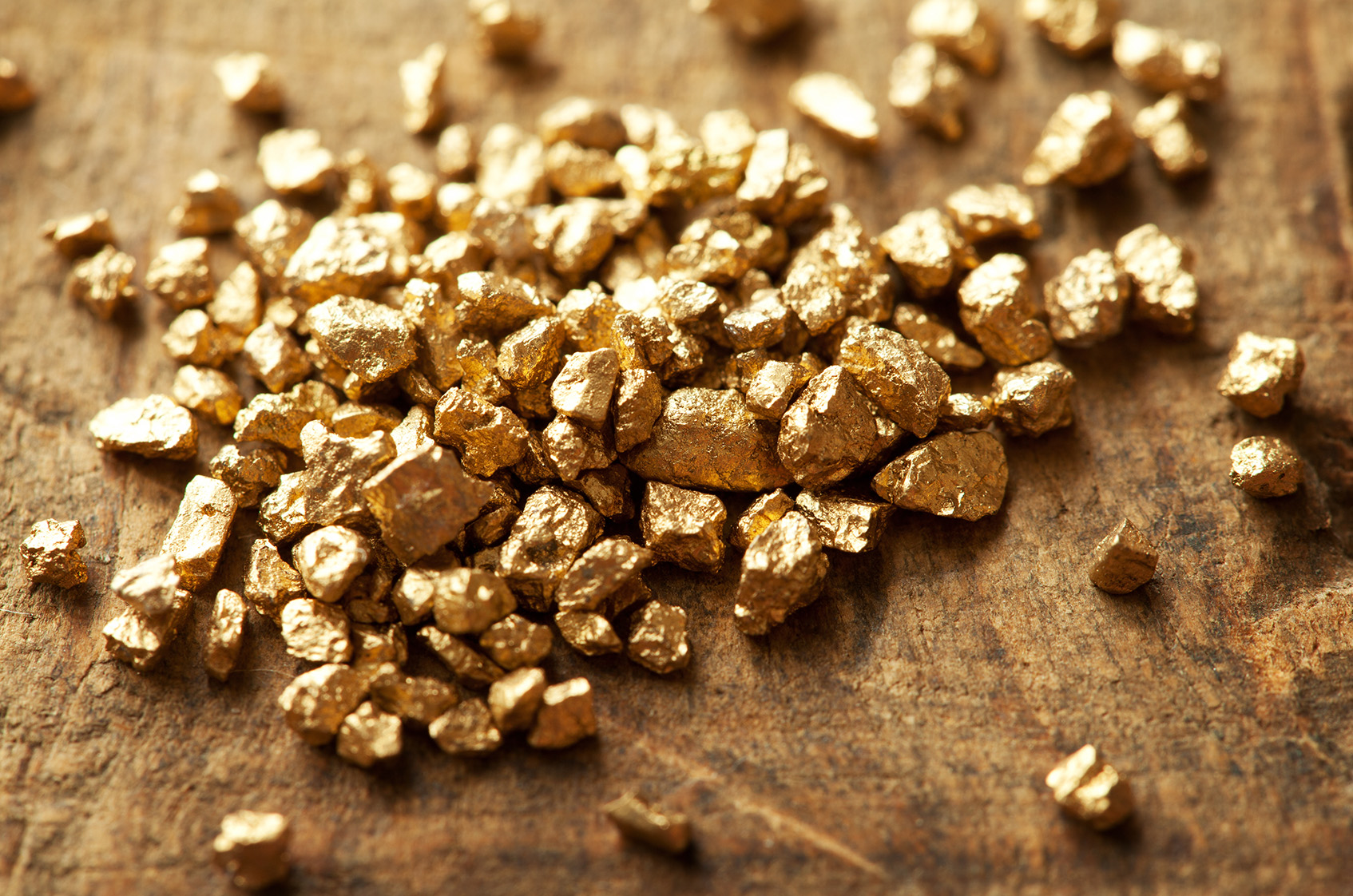 5 Canadian Gold Mining Stocks With Expected Cash Costs ...